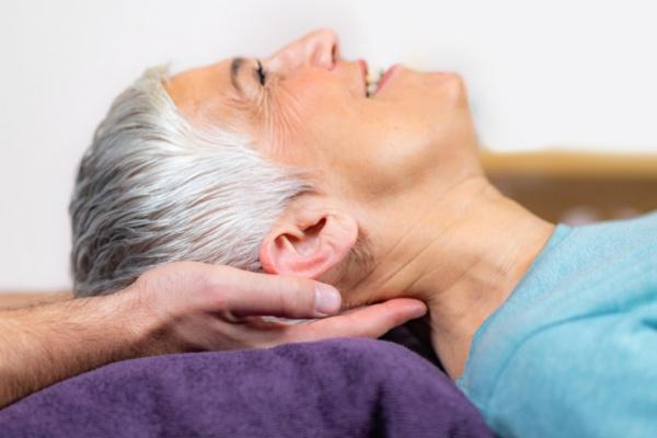 Videoconsejo para evitar el cansancio y romper el sedentarismo